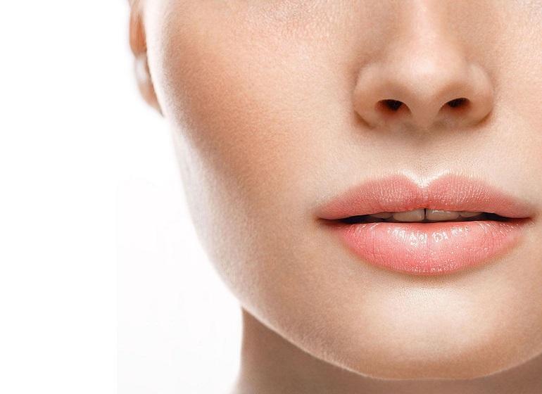 Tout savoir sur le lip lift, ou le lifting des lèvres